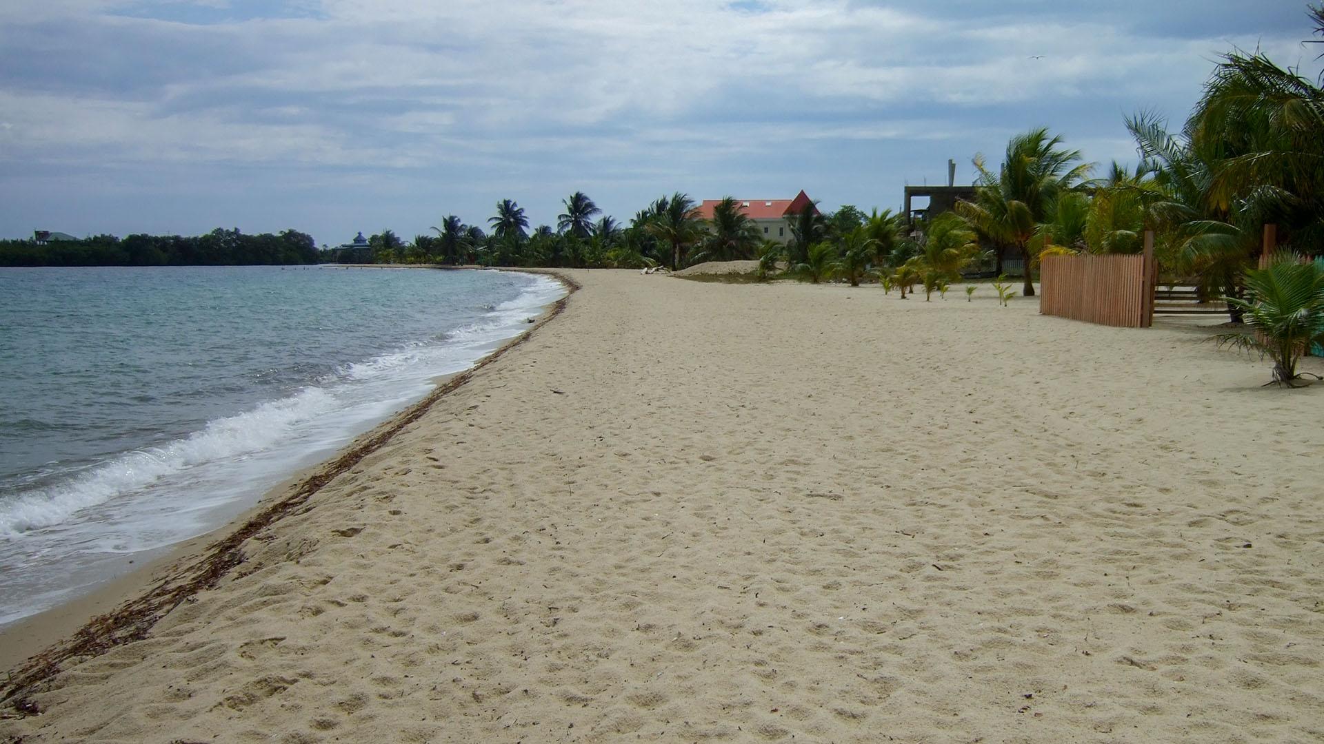 Placencia Plajı